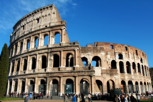Colosseum, part of Panoramic Rome for Cruises Tours with RomeCabs